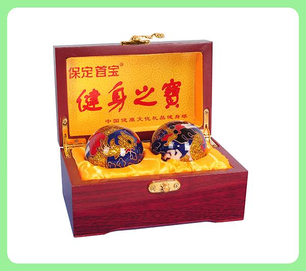 景泰蓝龙凤健身球—木盒
