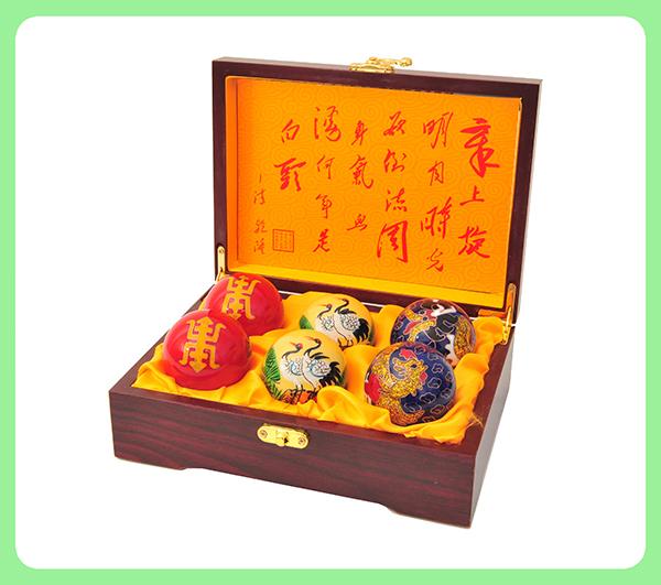 珐琅/手工彩绘/景泰蓝健身球—镂空木盒
