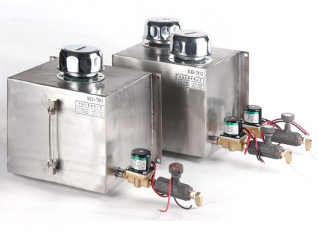 Stainless steel with electromagnetic valve automatic lubricant feeder