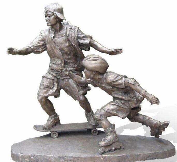 滑板少年轮滑少年铜雕塑