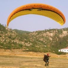 济南滑翔伞友欢度周末