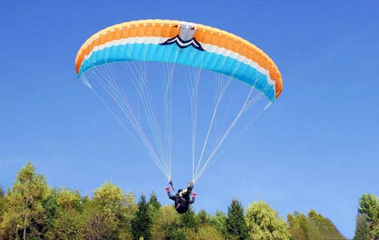 麦克伞-滑翔伞