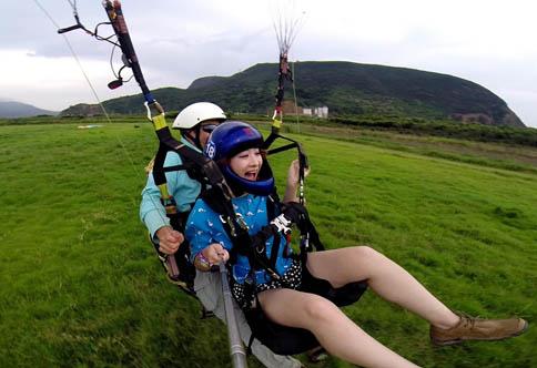 滑翔伞双人带飞
