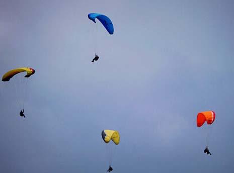 空中单边折翼练习