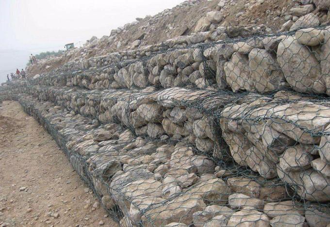 边坡防护网施工