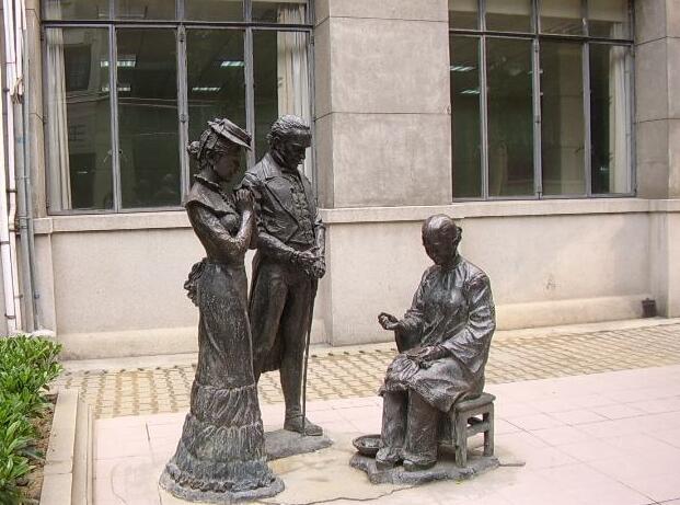 国外人物雕塑