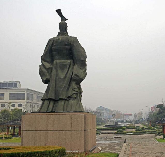 铸铜刘邦雕塑