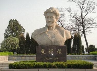 焦裕禄铜像