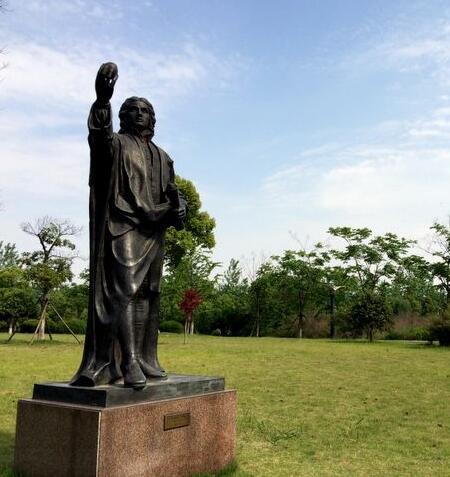 牛顿铜雕塑