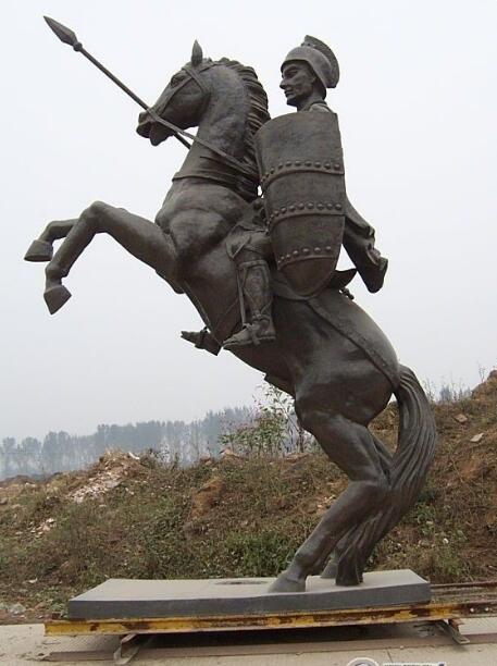 欧式人物骑马雕塑