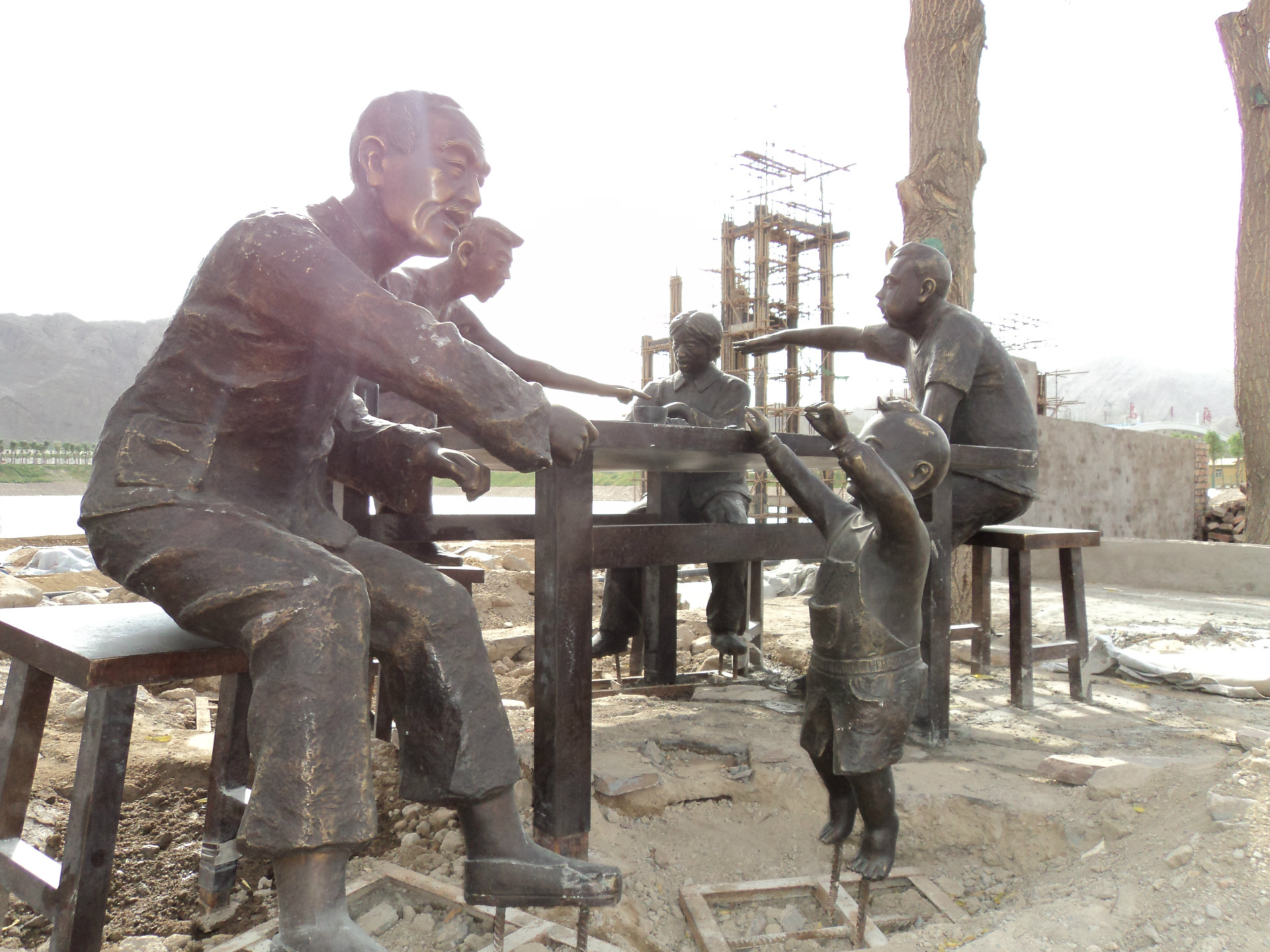 铸铜人物雕塑制作