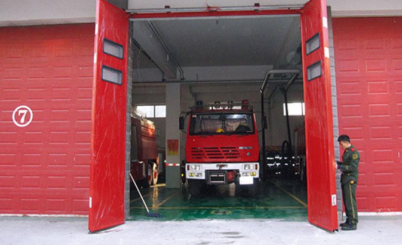 消防车库门设计