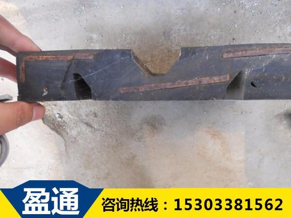 60型橡胶板式伸缩缝内部结构图