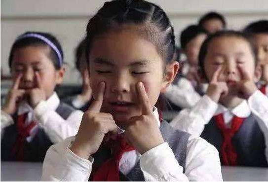 怎么判断孩子的视力问题?