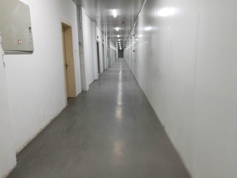通辽农机局塑胶地板铺装中