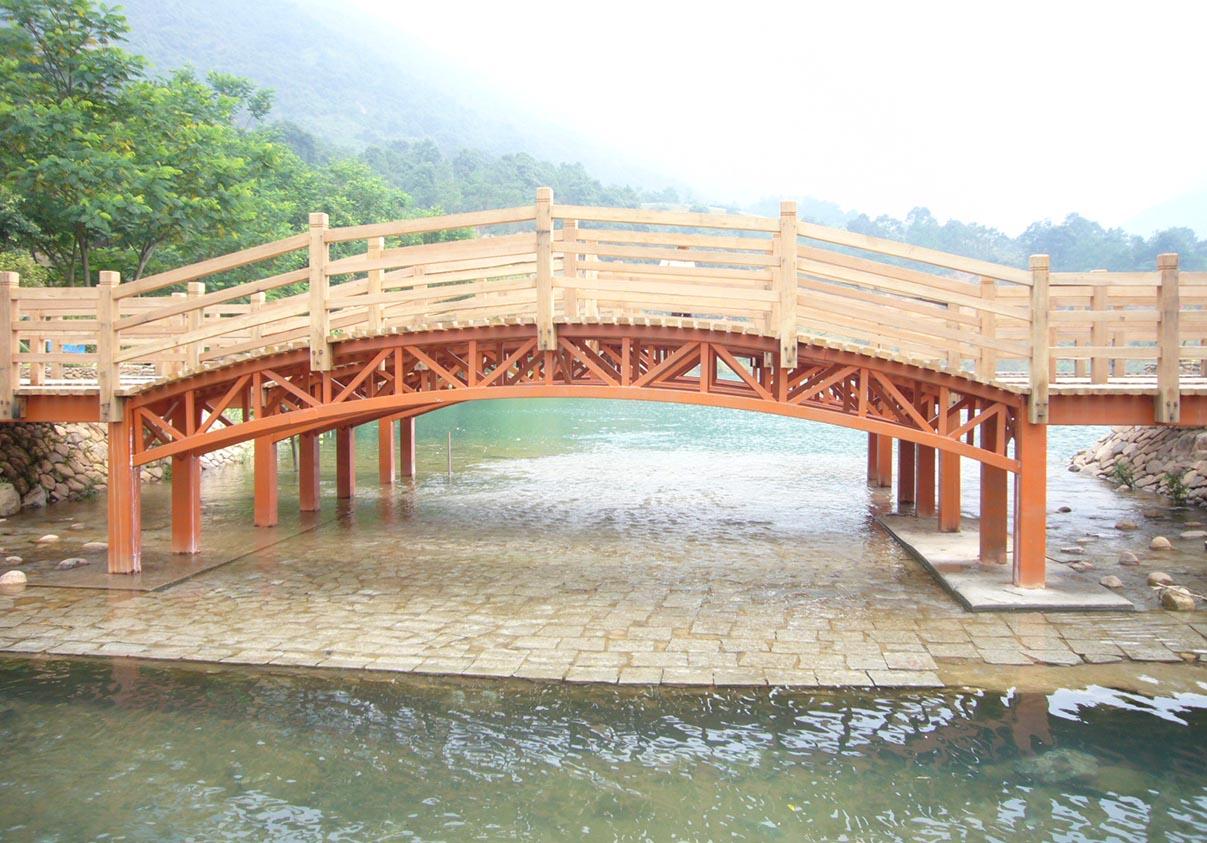大型木质拱桥