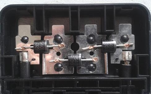 光伏接线盒焊接机
