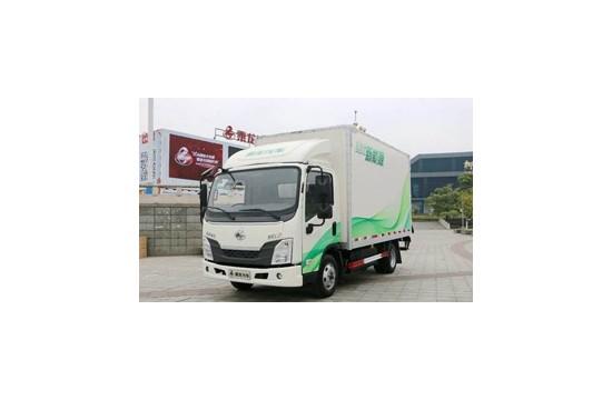 涪城区安昌江畔·原洞天美食广场附近搬家小货车