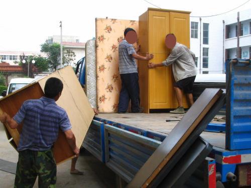 涪城区绵阳涪城区龙门龙港路附近搬家小货车