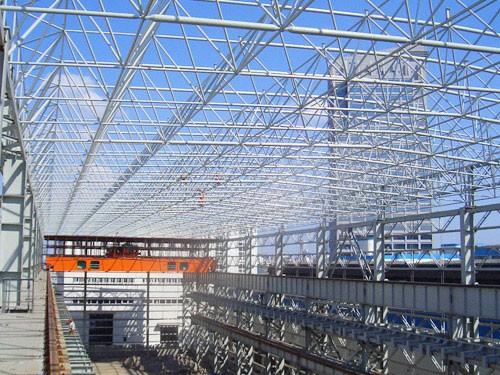 网架钢结构加工厂房比普通厂房具有很多优势
