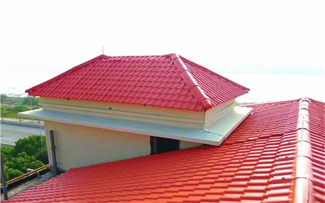 农村盖房子屋顶用琉璃瓦还是树脂瓦好